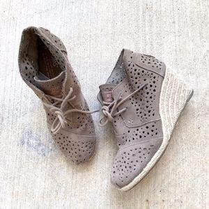 TOMS Lace-up Espadrilles Wedges Ankle Boot Booties
